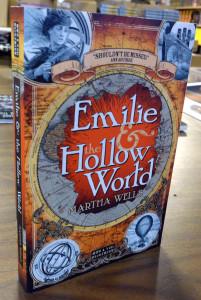 Emilie Hollow World - standing