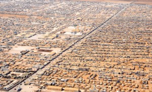 1200px-An_Aerial_View_of_the_Zaatri_Refugee_Camp_July2013