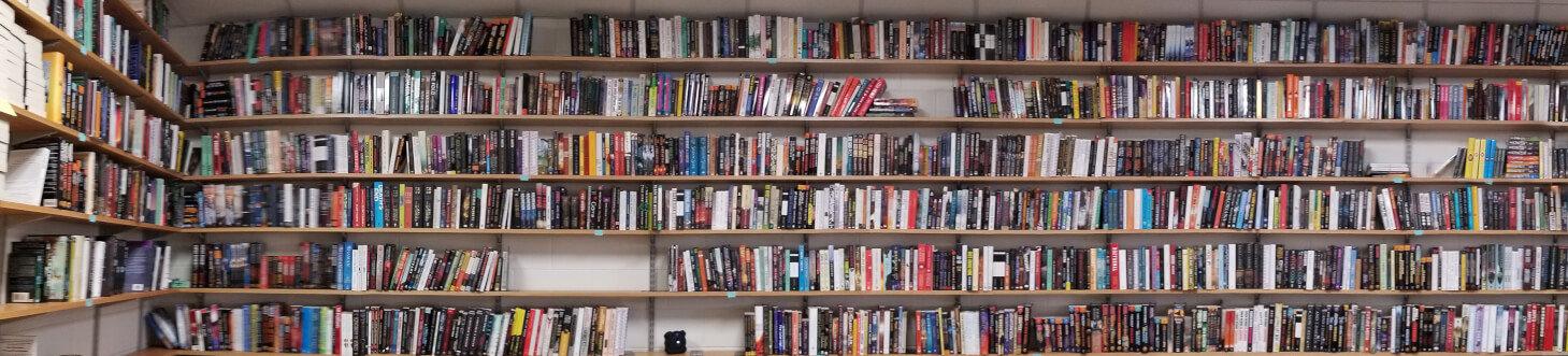 Los Blogs de Pat - Worldbuliders se acerca: (¿Además? Vancouver) (9/11/17) BookWallPanorama-e1510155573613